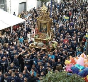 Processione Madonna della Neve