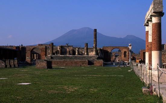 48069_il_foro_degli_scavi_di_pompei_pompei