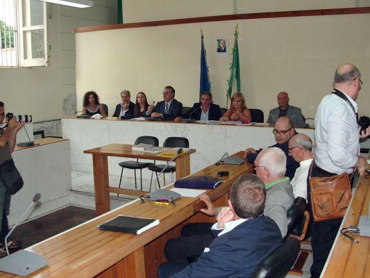 PRIMO CONSIGLIO BOSCOREALE SINDACO ASSESSORI CONSIGLIERI PUBBLICO (2)