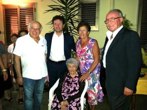 Antonetta P, Sindaco e familiari (1)
