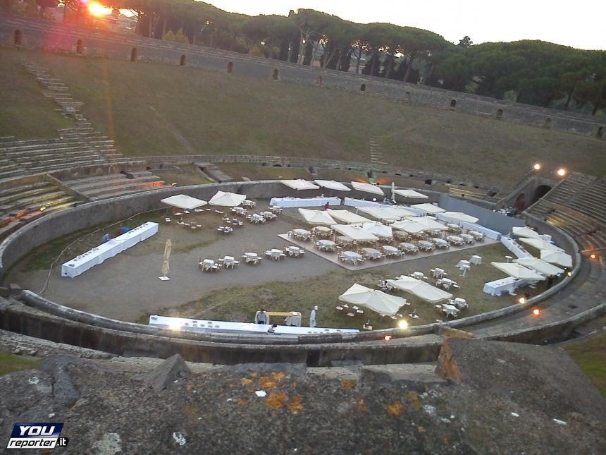 YOUREPORTER cena agli scavi di pompei anfiteatro
