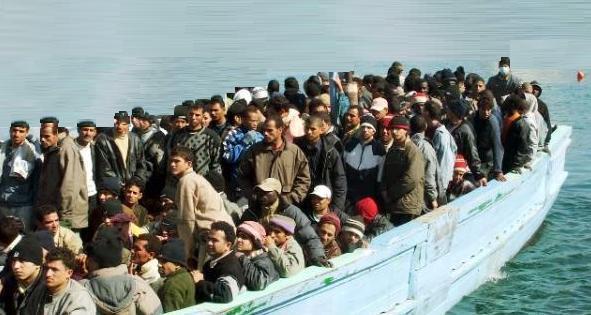 migranti torre annunziata ascione