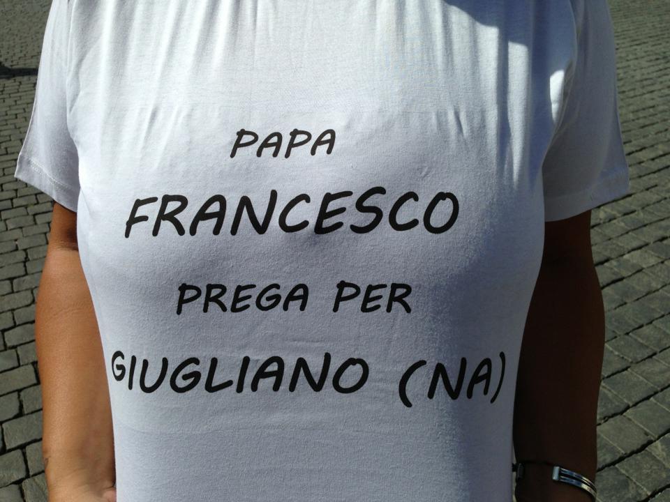 papa francesco prega per giugliano