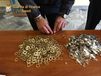 soldi falsi finanza