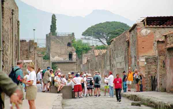 turisti-pompei