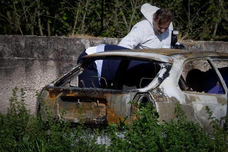 Identificato il cadavere carbonizzato nel Napoletano