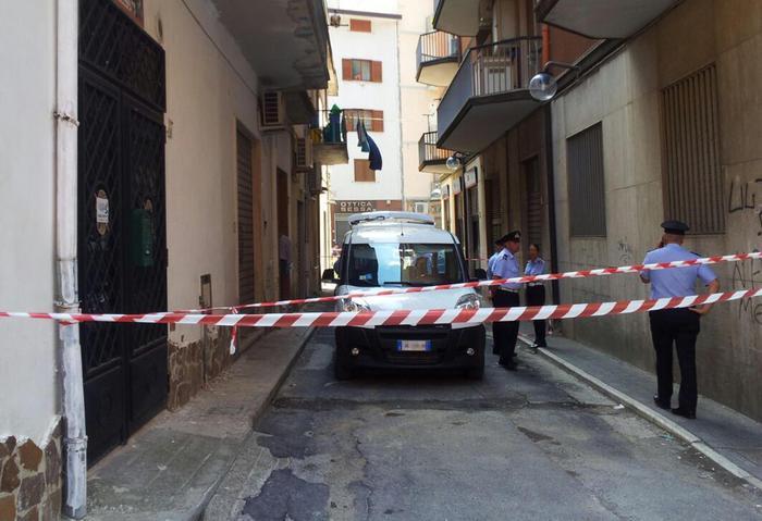 ++ Uccide mamma e sorella nel Salernitano ++