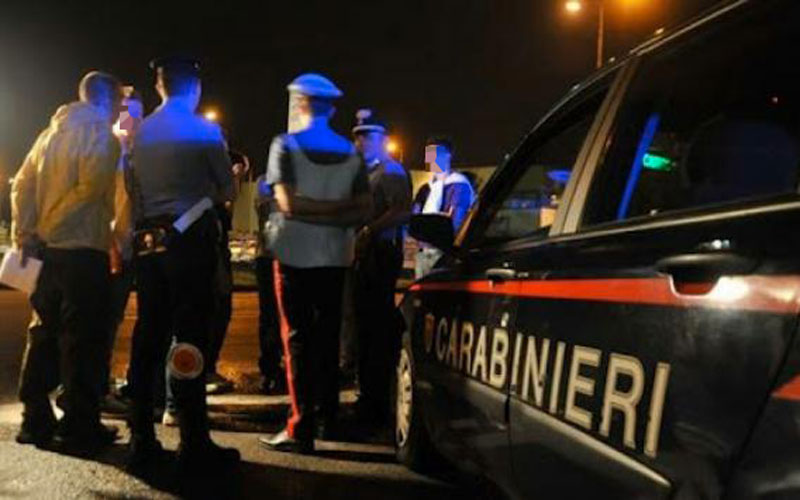 carabinieri notte porto