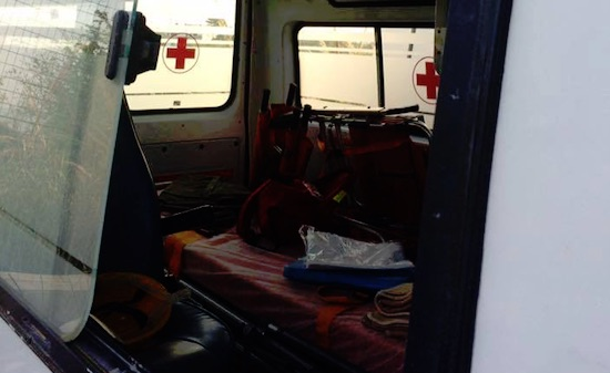 croce rossa 1 sfasciata ambulanza castellammare stabia 1