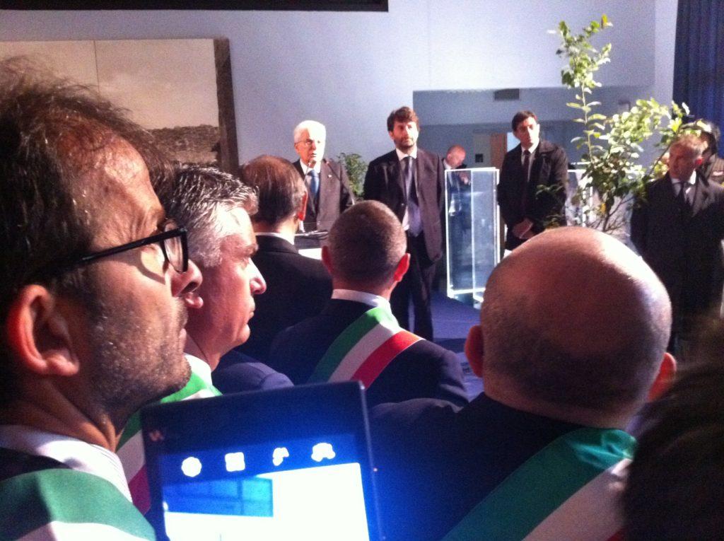 Il Presidenre della Repubblica Mattarella con il Ministro Franceschini e in primo piano il sindaco di Portici Nicola Marrone
