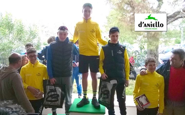 podio 2 anno d aniello ciclismo