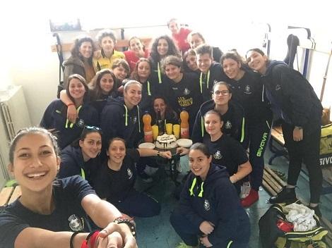 La foto di gruppo delle ragazze del Sant'Egidio