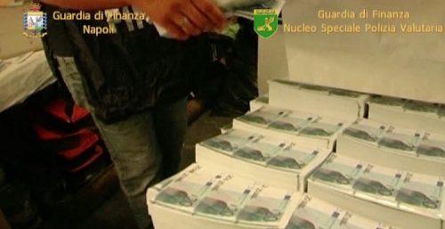 gdf-na-e-nspv-arresti-soldi-falsi