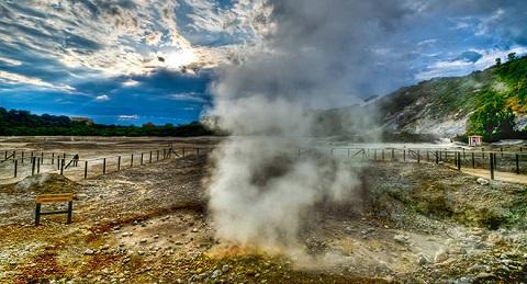 I gas della solfatara di Pozzuoli