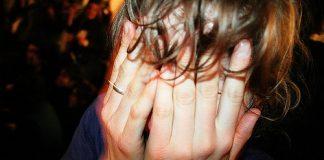 violenza donne nocera inferiore strangolare
