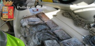 barca a vela scugnizza narcos 4