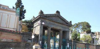 cimitero di napoli poggioreale