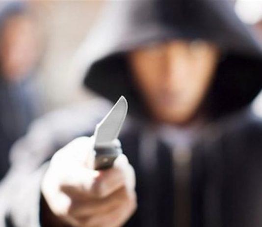 rapina coltello napoli