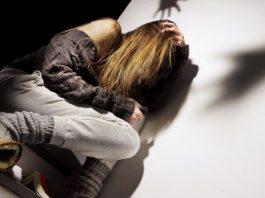 violenza donna torre annunziata