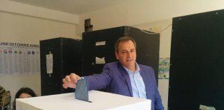 ascione Vincenzo al voto