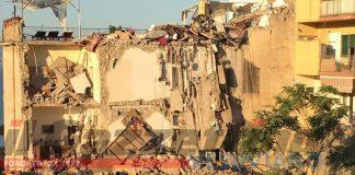 Torre Annunziata palazzo crollo