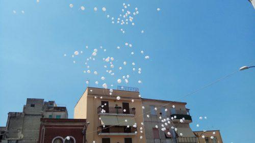 torre annunziata funerali crollo palloncini
