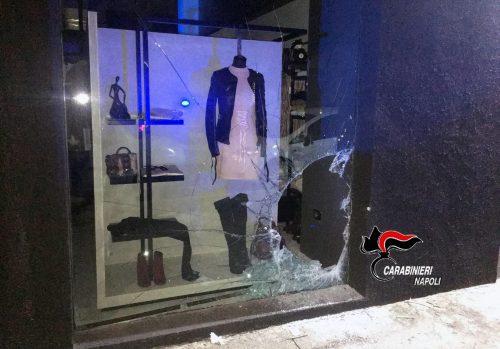 Tentano furto in un magazzino, arrestati quattro palermitani