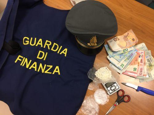 Trasportavano la cocaina in Sardegna con