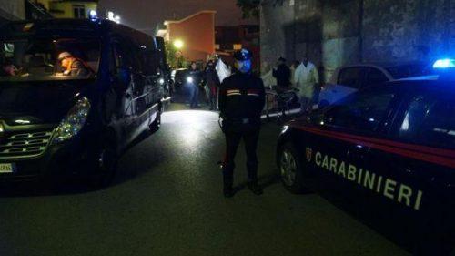Bomba nella notte a Ponticelli, muore un uomo