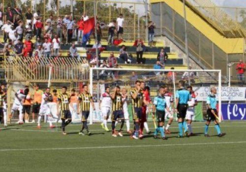 Juve Stabia-Fidelis Andria 3-0: ennesima batosta per i pugliesi