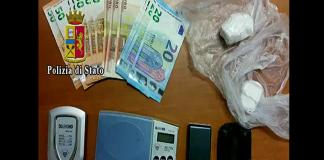 torre annunziata polizia blitz droga soldi