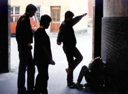 Baby gang, presi 9 giovanissimi per il 15enne pestato a Chiaiano