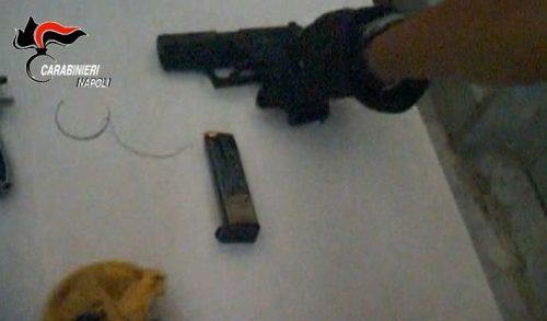 Napoli, 8 arresti per la guerra tra clan del 2012