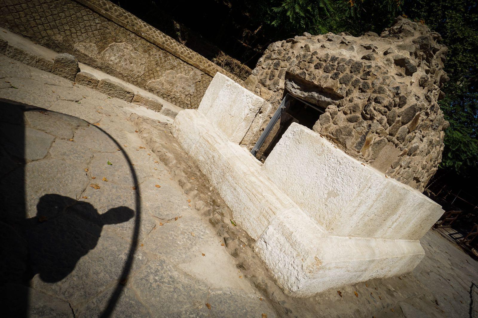 Nuove indagini archeologiche per le tombe della necropoli di porta stabia - B b porta di mare ...