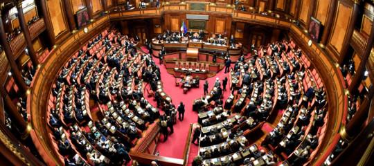 parlamento italiano riduzione costi