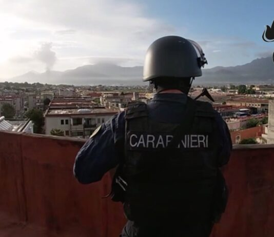torre annunziata carabinieri quarto sistema camorra