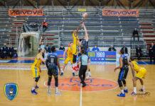 Basket Al Palamangano di Scafati la Givova festeggia contro il Benacquista Latina