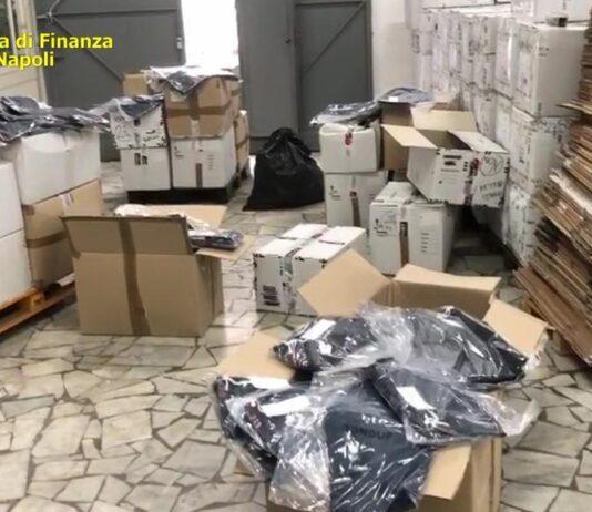 casoria guardia di finanza abbigliamento falso