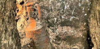 scavi di pompei anfora scavo