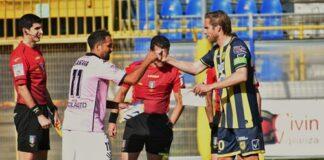 Finisce l'avventura della Juve Stabia nei playoff il Palermo passa al Menti con il punteggio di 2-0