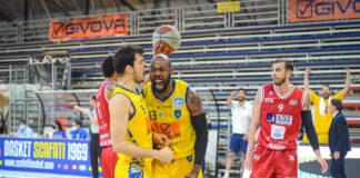 Basket Play off A2: La Givova Scafati batte la Lux Chieti 97-68