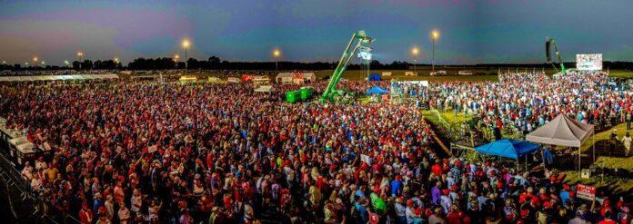 Donald J. Trump durante il Rally in Georgia Il nostro paese si trova contro alcune delle forze più sinistre
